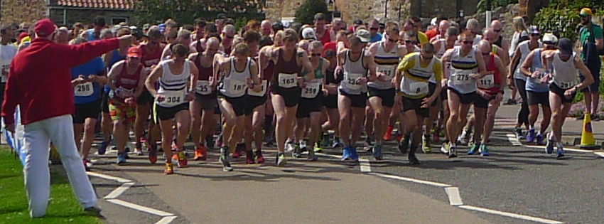 Start of Haddington Half Marathon 2015